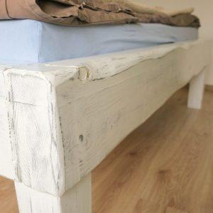 biela-postel_detail_spoja