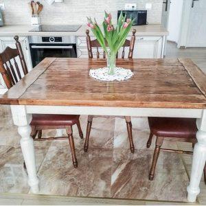 cinovany-stolik